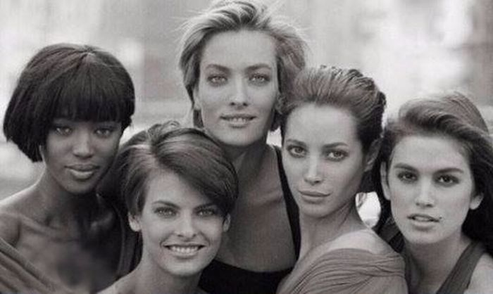 What Beautiful Girls Looked Like In The 90s Compared To Now (2 pics)