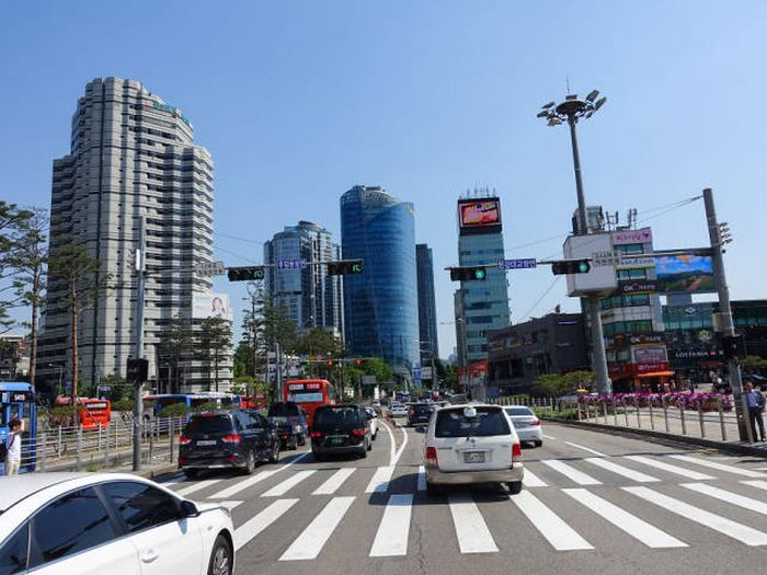 North And South Korea Compared (14 pics)