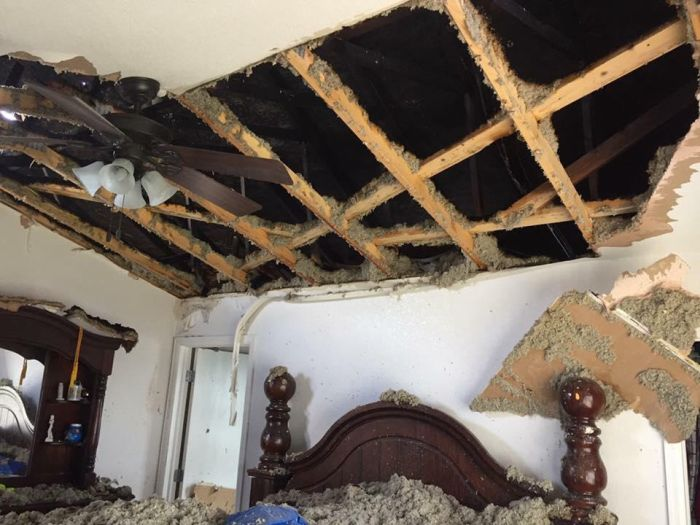 What Happens When A House Gets Struck By Lightning (5 pics)