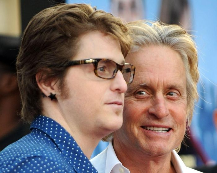 Cameron Douglas Son Of Michael Douglas Shows Off Tattoo Tributes (6 pics)