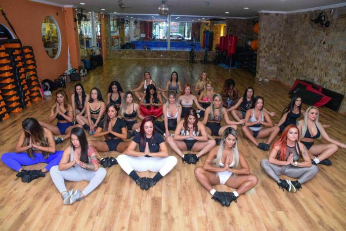 All 27 Miss BumBum Competitors Get Together For A Group Workout Session (20 pics)