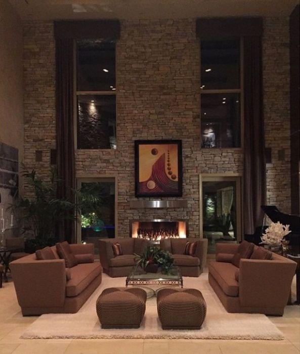 A Look Inside Floyd Mayweather's Massive Las Vegas Mansion (26 pics)
