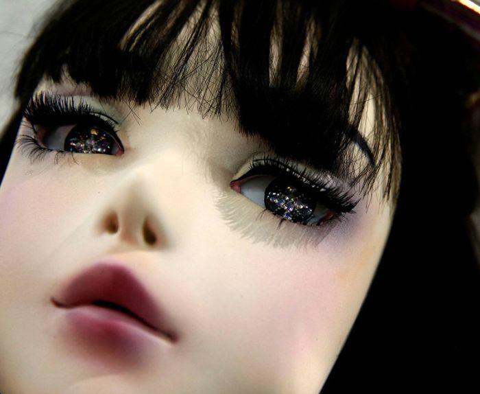 Lulu Hashimoto Is A Real Life Japanese Doll (14 pics)