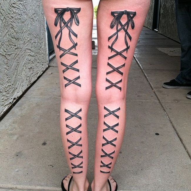 Tattoo Addicts Are Getting Corsets Inked On Their Bodies (14 pics)