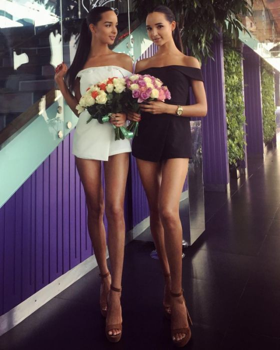 Adelina And Alina Are Sexy Twin Sisters (41 pics)