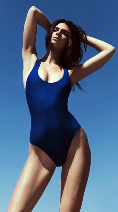 Proof That Swimsuits Will Always Be Sexy (32 pics)