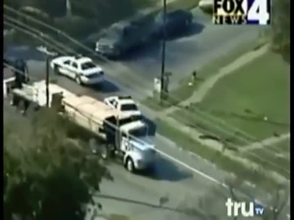 Epic Truck Police Chase