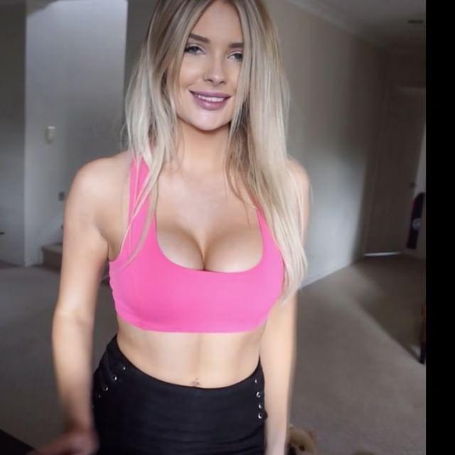 Playboy Model Sarah Harris Says Breast Implants Ruined Her Career (18 pics)