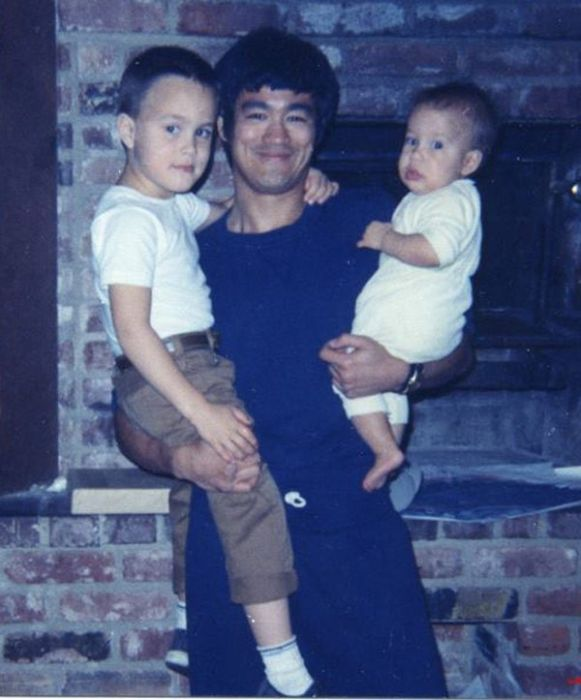Unseen Photos of Bruce Lee From The Family Archive (32 pics)