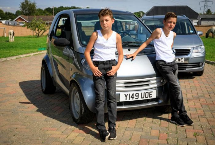 Meet The Gypsy Kids Who Are Men In Boys' Bodies (10 pics)