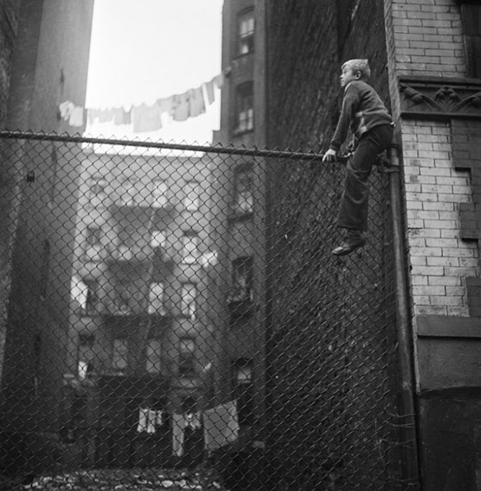 17-Year-Old Stanley Kubrick's Photos Of 1940s New York (31 pics)