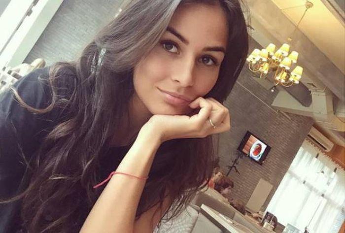 Slavic Girls (21 pics)