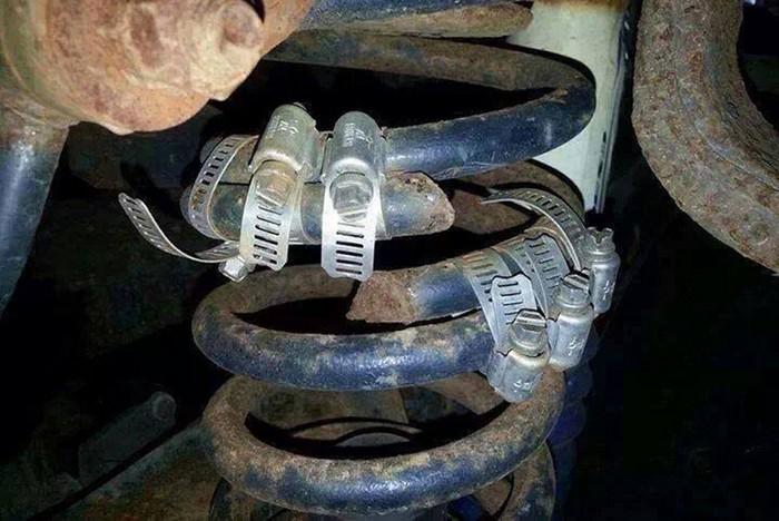 Funny Car Repairs (28 pics)
