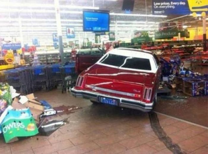You Just Can't Escape Work… (40 pics)