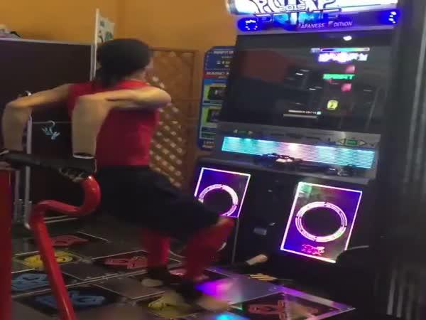 Pump It Up Dancing Game Master Skills