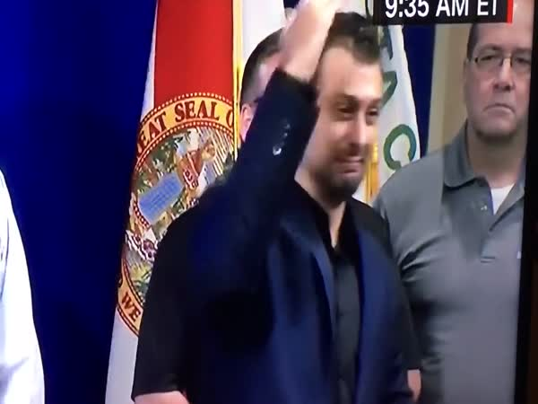 This Sign Language Interpreter Is On Point