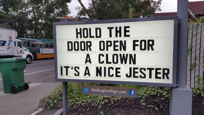 Funny Signs At Local Gas Station (25 pics)