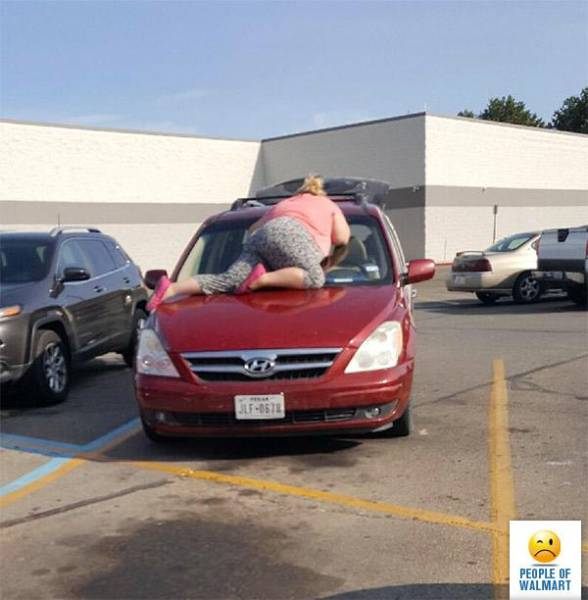 Funny And Strange People Of Walmart (34 pics)