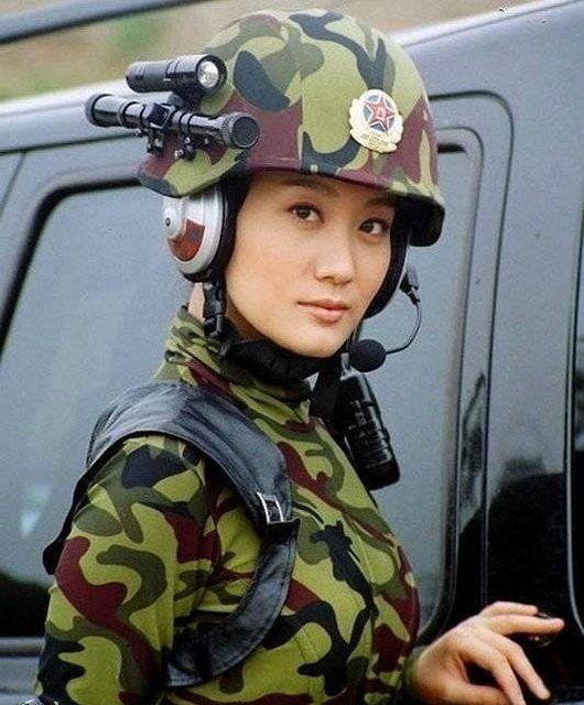 Army Girls Of China (13 pics)