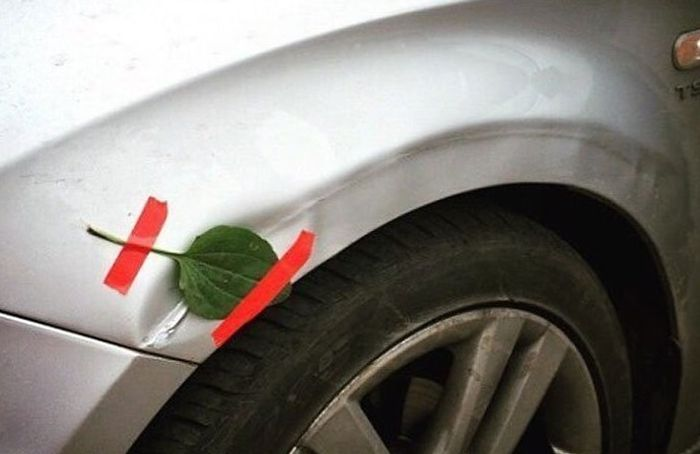 Awkward Car Repairs (25 pics)
