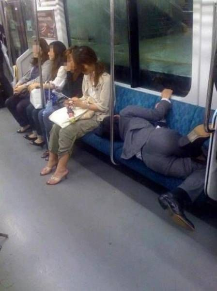 Comfort Is Very Important (18 pics)