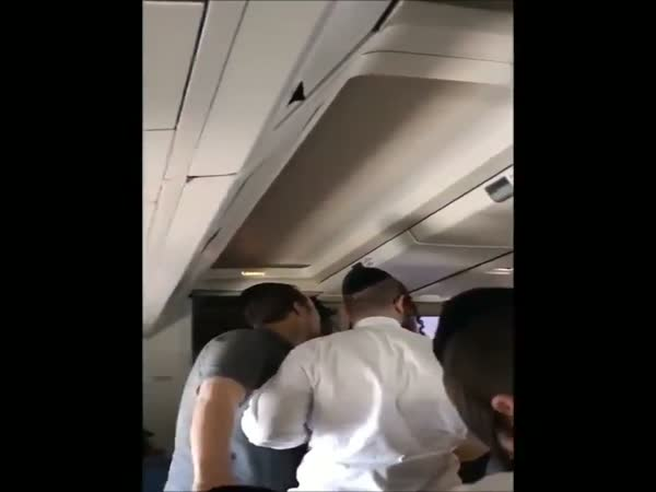 Hasidic Jews Attempt To Censor An In-Flight Movie