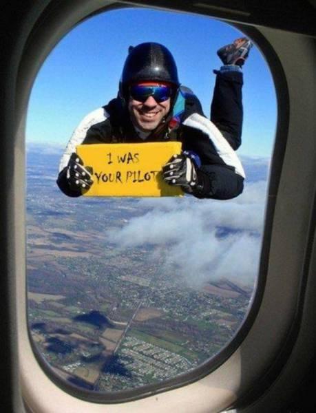 Airplane Humor (26 pics)