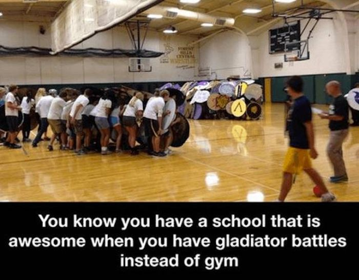 Strange Things In Classrooms (38 pics)