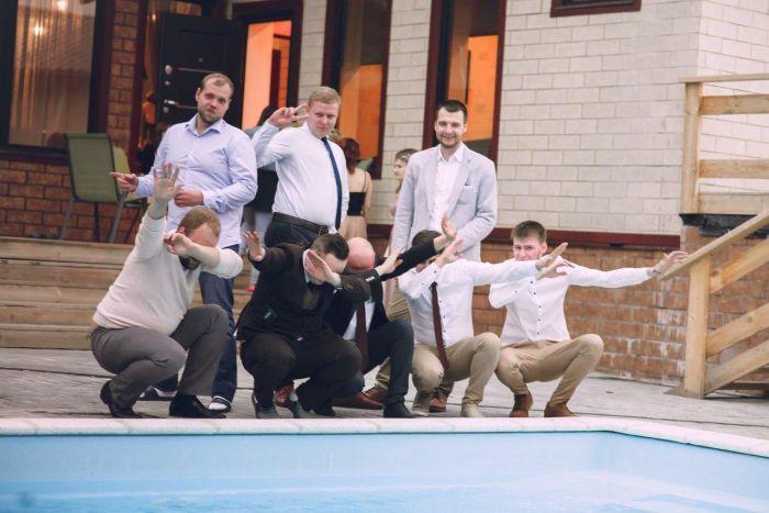 Crazy Russian Wedding Photos (32 pics)
