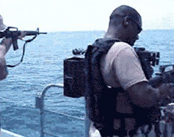 Funny Military GIFs (21 gifs)