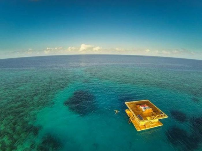 The Most Amazing Hotels Around The World (47 pics)