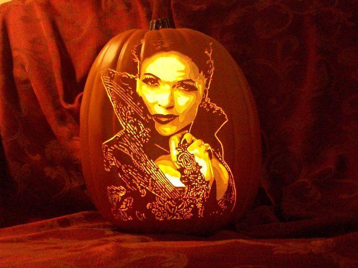 Artist Carves Pumpkins As Pop Culture Characters For Halloween (28 pics)