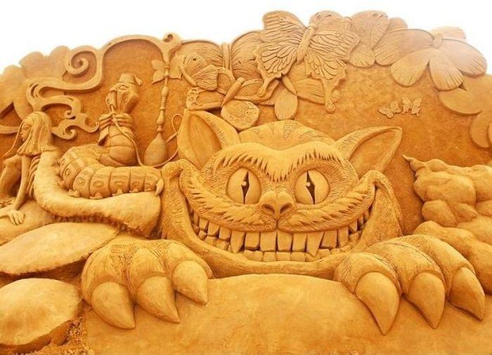 Amazing Sand Sculptures (23 pics)