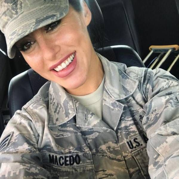 Beautiful Army Girl Alysia Macedo (15 pics)