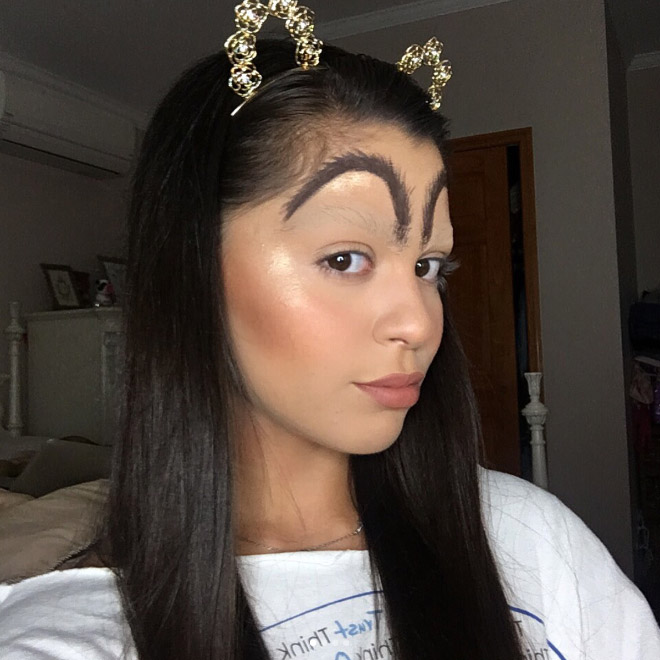 McDonald's Eyebrows Is The Latest Beauty Trend (15 pics)