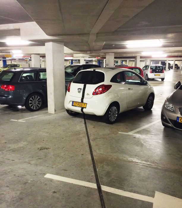 Things That Line Up Perfectly (28 pics)