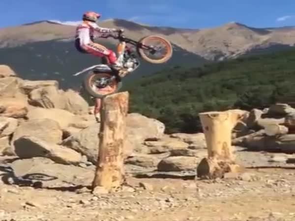 Amazing Motorbike Stunts