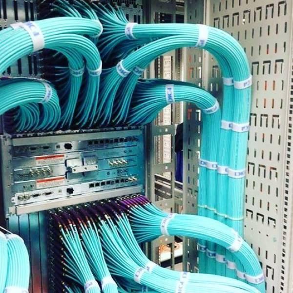 Cable Porn (17 pics)