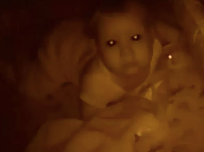 Creepy Stuff On Baby  Monitors (19 pics)