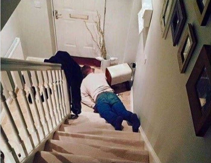 Drunk Fails And Party Memes (30 pics)