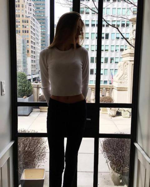 Beautiful Girl Sistine Stallone (20 pics)