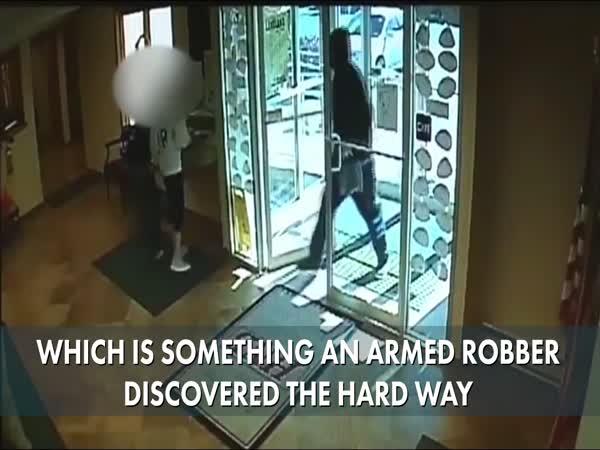 Pennsylvania Man Tackles Armed Bank Robber