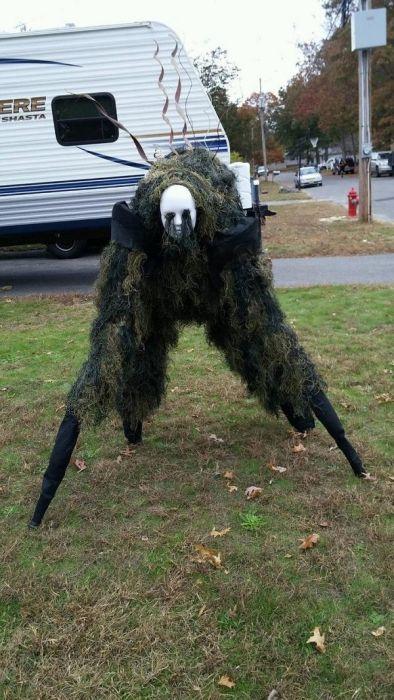 Very Creepy Costumes (16 pics)