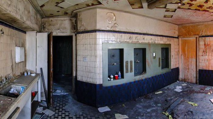 Abandoned Film Sets (28 pics)