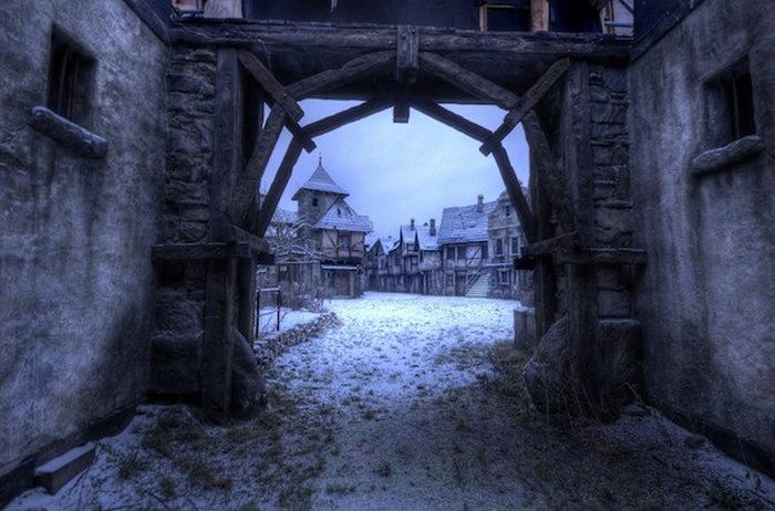 Abandoned Film Sets (28 pics)