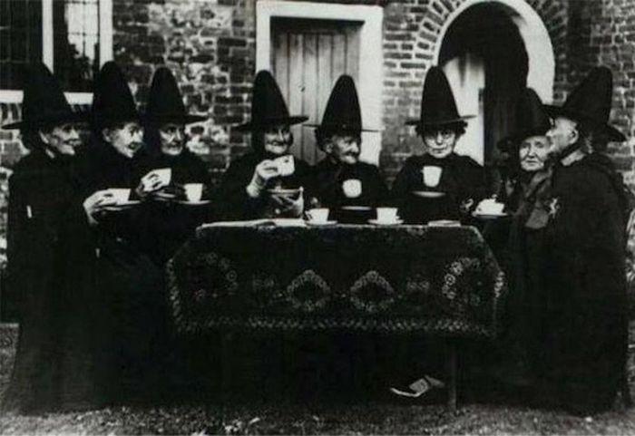 Scary Vintage Photos (25 pics)