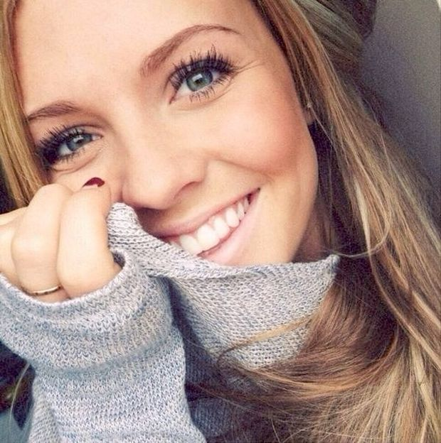 Pretty Girls Smiling (35 pics)