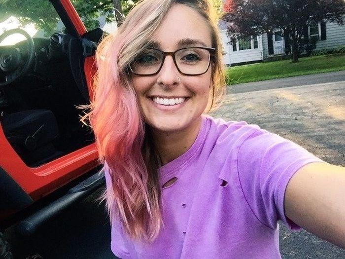Pretty Girls Smiling (35 pics)
