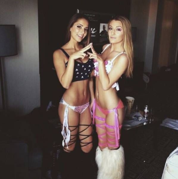 Rave Girls (28 pics)