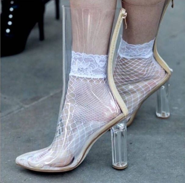 Strange Fashion (24 pics)